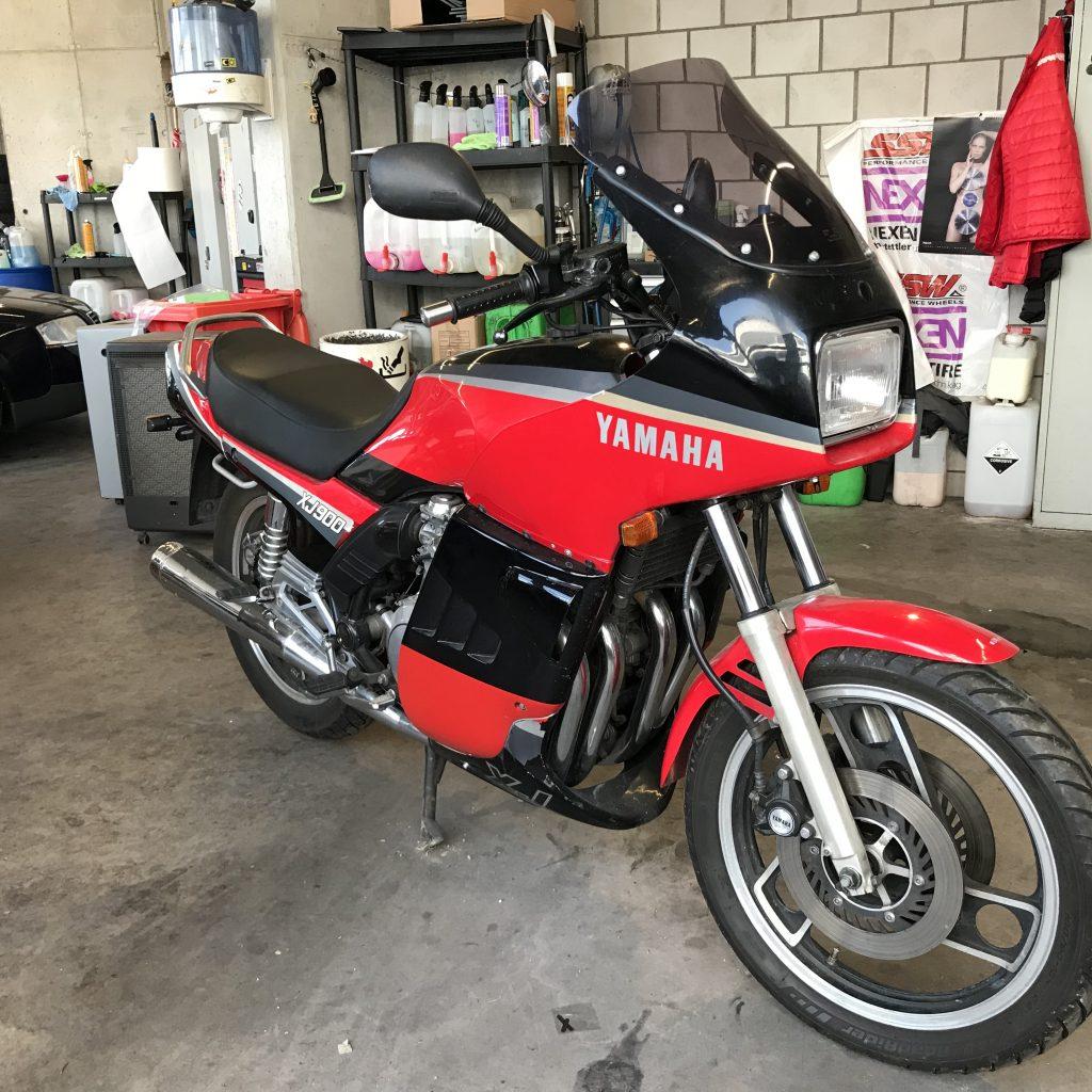 1985 Yamaha XJ 900 31a – Cafe Racer